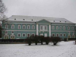 zamek_v-lednu-2010